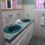15.- CASA MIRAGE - Main House Bathroom