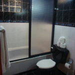 19.- CASA MIRAGE - Bathroom 2 & Tub