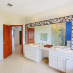 12.-Master bathroom 1